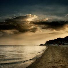 lensblr-network:  Beach Sunset by crysophilax.tumblr.com