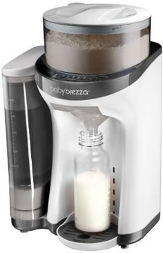 Preparing bottles has never been easier then with the Baby Brezza Formula Pro One Step Food Maker