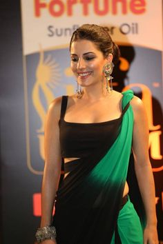 HQ Pics n Galleries !!: Isha Talwar Latest Stills in Stylish Saree at IIFA Utsavam Awards 2016