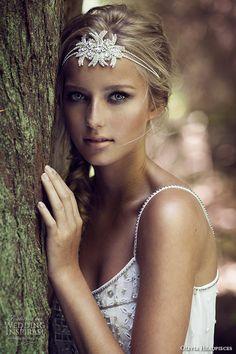Olivia Headpieces — W Label Bridal Hair Accessories   Wedding Inspirasi