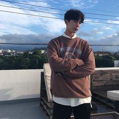 Cute Asian Guys, Asian Boys, Asian Men, Cute Guys, Korean Fashion Men, Korean Men, Boy Fashion, Mens Fashion, Korean Style
