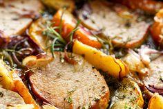 Tasteful boneless pork chop marsala recipe made just for you! Pork Chops And Sauerkraut, Honey Pork Chops, Apple Pork Chops, Boneless Pork Chops, Baked Pork Chops, Onion Recipes, Entree Recipes, Pork Chop Recipes, Pork Meals