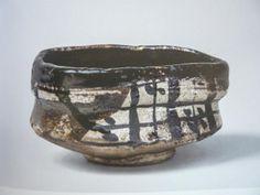 黒織部格子目文茶碗  口径13、5cm 高さ7、2cm                                                                                                                                                                                 もっと見る