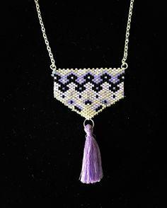 Collier sautoir tissé en perles de rocailles miyuki pompon violet chaîne argenté - peyote - mauve parme - élégant - femme