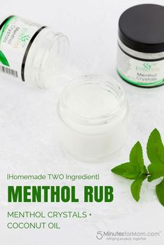 DIY Homemade Menthol Rub - Super simple homemade menthol rub with coconut oil and menthol crystals Essential Oil Blends, Essential Oils, Coconut Water Benefits, Homeopathic Remedies, Natural Remedies, Cold Remedies, Healthy Oils, How To Make Homemade, Hacks