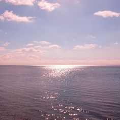 New Sea Landscape Illustration Beautiful 44 Ideas Sky Aesthetic, Aesthetic Photo, Aesthetic Pictures, Violet Aesthetic, Beach Bodys, Pretty Sky, Belle Photo, Aesthetic Wallpapers, Beautiful Places