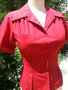 Red cotton 1940s blouse with NOS 40s bakelite by nudeedudee