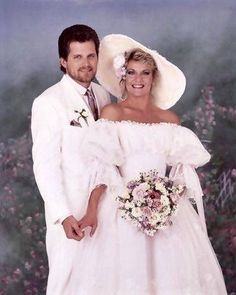 Actors who have played famous couples on TV soap opera Guiding Light Soap Opera Stars, Soap Stars, Wedding Movies, Famous Couples, Tv Couples, Tv Soap, Guinness World, Old Shows, Invitations