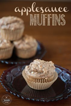 Applesauce Muffins | Self Proclaimed Foodie - soft, moist, and super easy to make