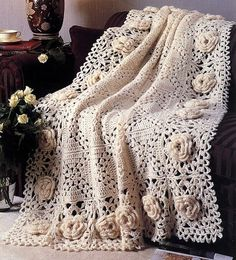 ༺༺ ♥Elles♥Heart♥Loves♥ ༺༺ ............♥Crochet Flowers♥............ #Color #Crochet # Flower #Embellishment #Inspiration #Design #Fibre Art #Applique #Baby #Decorations #Pattern #Vintage #Handmade #Floral ~♥Free pattern - Roses Remembered Afghan by DeeDeeBean