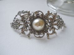 Hey, I found this really awesome Etsy listing at https://www.etsy.com/listing/227749261/silver-filigree-bracelet