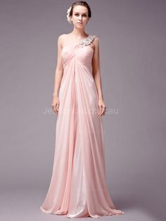 This+greek+style+chiffon+dress+featuring+with+delicately+beaded+one+shoulder+strap+and+front+slit+in+the+skirt.+Finished+with+zipper+back+closure.
