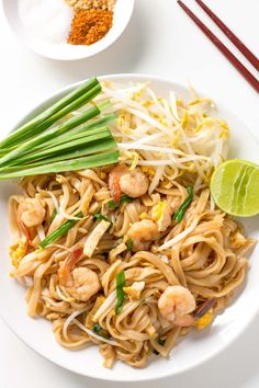 This is THE BEST Shrimp Pad Thai Recipe! I learnt it in a cooking class in Chiang Mai. The noodle stir fry tastes just like on the streets of Thailand.