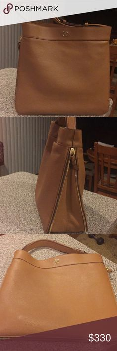 Tory Burch Pebbled Leather Ivy Hobo
