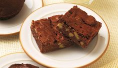 Mary Berry shares her decadent - and easy - chocolate brownie recipe, with a hint of coffee and the crunch of chopped walnuts British Bake Off Recipes, Great British Bake Off, Best Brownie Recipe, Brownie Recipes, Mary Berry Chocolate Brownies, Decadent Chocolate, Chocolate Cakes, Choclate Brownies, Chocolate Chocolate