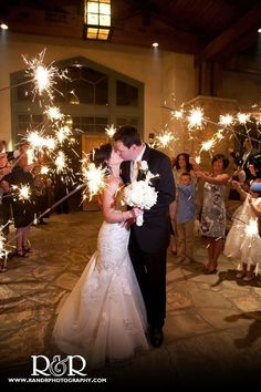 wedding . sparklers