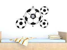 Wandtattoo Wandaufkleber Deko Sport Art Fußball Ball In Der Wand ... |  Kinderzimmer | Pinterest | Searching