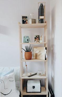 Simple Bedroom Decor, Cute Room Decor, Room Ideas Bedroom, Home Decor Bedroom, Lighting Ideas Bedroom, Simple Rooms, Bedroom Rustic, Aesthetic Room Decor, Aesthetic Photo