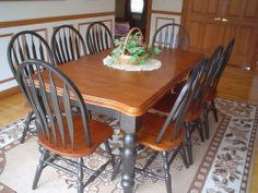 ***** NEW DINING/KITCHEN TABLE***SEATS 8 PEOPLE***42inX54inX72in *****