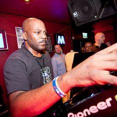 ARTIST DJ Spen TITLE November 2020 Top 10 Chart GENRE Soulful House, Afro House, Deep House RELEASE DATE 2020-11-26 CHART DATE 2020-10-30 AUDIO FORMAT MP3 320Kbps CBR WEBSTORE traxsource.com/title/1463064/dj-spens-november-2020-top-10-chart 10 TRACKS: The post DJ Spen's November 2020 Top 10 Chart appeared first on MinimalFreaks.co.