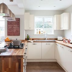 Cream and woodblock worktop kitchen | Kitchen decorating
