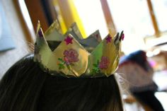Krone aus Margarinendose / Crown made of margarine container / Upcycling