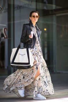 29 Trendy How To Wear Denim Skirt Winter Maxi Dresses Look Fashion, Fashion Outfits, Womens Fashion, Korean Fashion, Fashion Tips, Denim Skirt Winter, Winter Leather Jackets, Winter Dress Outfits, Winter Maxi Dresses