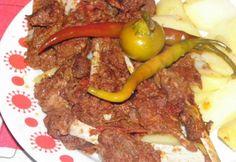 Birkapörkölt bográcsban Károly konyhájából Beef, Meals, Dishes, Cooking, Food, Cook Books, Red Peppers, Essen, Meat