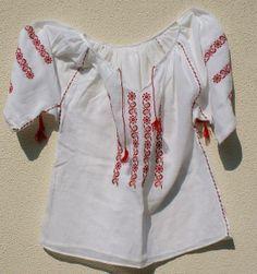 http://www.artizanescu.ro/web_continut/poze/mari/ie-romaneasca-traditionala-6-814-1.jpg