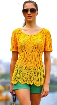 Yellow pullover with pattern at source.Nice