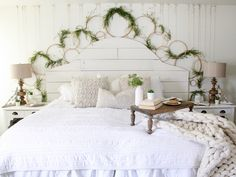 Eclectic Home Tour - Farmhouse tour of Cotton Stem Interiors. She mixes old and new for a fresh spin on farmhouse style. Vintage decor and shiplap combine. Primitive Homes, Farmhouse Master Bedroom, My New Room, Diy Furniture, Farmhouse Furniture, Diy Home Decor, Interior Design, Blog, Embroidery Hoops