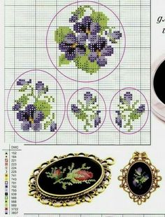 like petit point to me :) Idential to cross stitch but you use half a square for a stitch. So hece the name Petit :) Celtic Cross Stitch, Small Cross Stitch, Cross Stitch Cards, Cross Stitch Flowers, Cross Stitch Designs, Cross Stitching, Cross Stitch Embroidery, Embroidery Patterns, Hand Embroidery