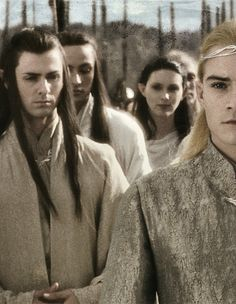Is it just me, or does every other elf in the whole movie look creepy and weird except Legolas? (Other elves that aren't main characters. background elves as I call them) Legolas And Thranduil, Aragorn, Tauriel, Tolkien Books, Jrr Tolkien, Fellowship Of The Ring, Lord Of The Rings, Into The West, The Elf