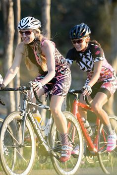 Girls Kids Children Exercise PE School Gym Bike Biking Cycling Lycra Shorts •
