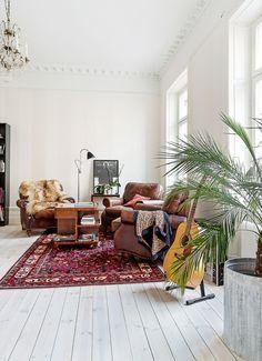 An elegant Swedish space in neutrals. Erik Olsson.