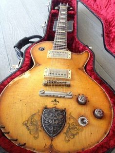 Les Paul guitar. ❣Julianne McPeters❣ no pin limits
