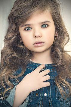 Sofia Fanta (born 2007) fashion child model from Russia. Katerina Uspenskaya Photography.