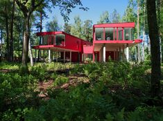 Two Red Sisters by NRJA - Homaci.com