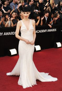 Oscars 2012 Dresses and Fashion - Celebrity Dresses for 2012 Academy Awards - Harper's BAZAAR