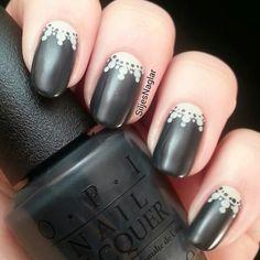 Opi fifty shades of grey. Här med Opi Dark side of the mood och Opi Skull and glossbones