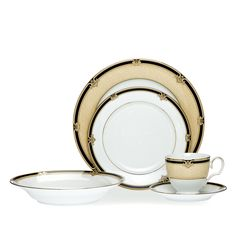 Braidwood 20pce Dinner Set - Braidwood features a sponge textured decal in sepia with a dark brown outer band featuring a repeating shell and scroll motif in the same tones. Set for 4 - Tea Cup, Tea Saucer, Entree, Dinner and Soup Plate.