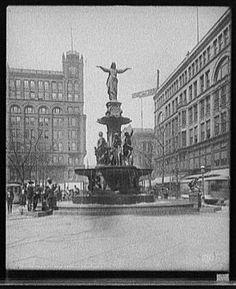 Tyler Davidson Fountain, Fountain Square, 1904 - Cincinnati