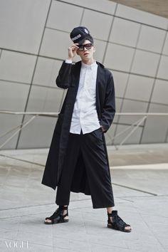 Street style: Han Seung Soo at Seoul Fashion Week Fall 2015