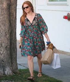 Stylish: Hollywood star Amy Adams, 42, opted for  bohemian chic in a flirty…
