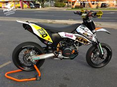 2010 KTM SMC690 by Michael Capuchino
