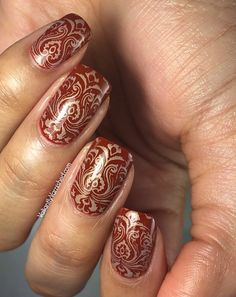 Henna Inspired Stamping — Valiantly Varnished #nails #nailart