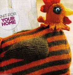 COUNTRY FARM HEN CHICKEN DOORSTOP GREAT GIFT  CMS TALL 8PLY KNITTING PATTERN