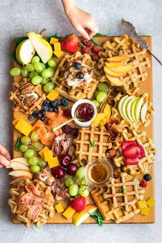 How to Build the best Brunch Board shake up your weekend and holiday brunch with a deliciously epic brunch board Tower everything on a pretty plate or cutting board just. Breakfast Platter, Breakfast And Brunch, Breakfast Recipes, Breakfast Waffles, Brunch Bar, Breakfast Fruit, Best Brunch Recipes, Brunch Food, Best Breakfast