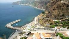 Stroll to the shops #Madeira