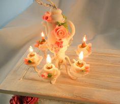 Dollhouse Miniature - Shabby Chic Working Style Tea Set Chandelier - amazing! so cute!